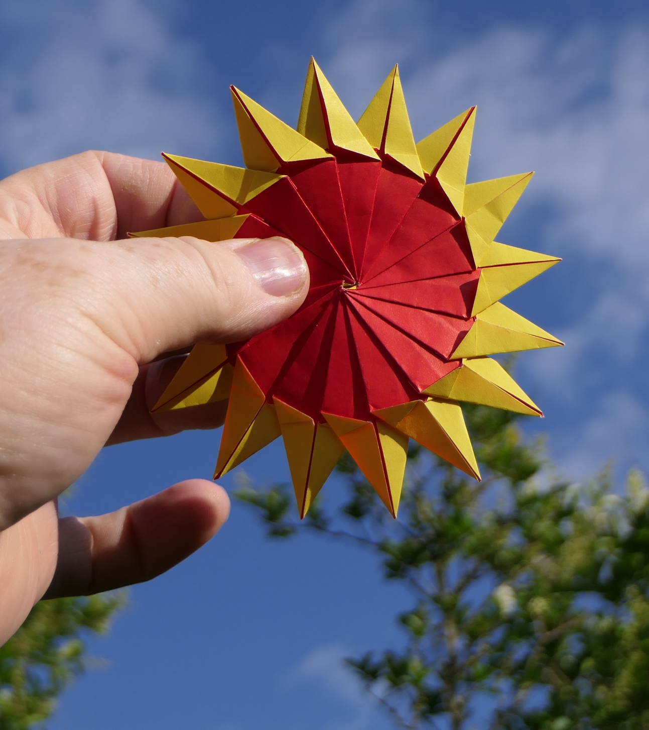 Origami Sunflower Projects and Paper Crafts | 1453x1293